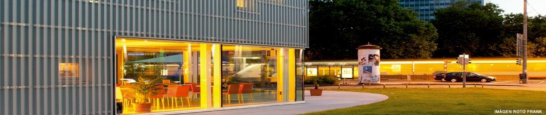 Herrajes puertas y ventanas PVC de Roto Frank